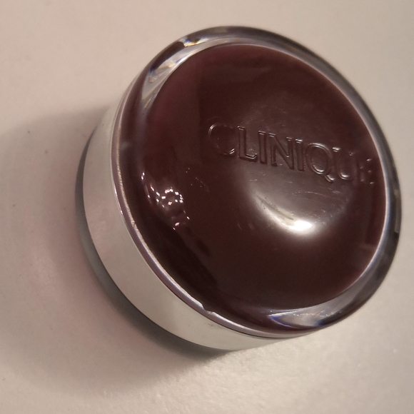 Clinique Other - Brand new Clinique sweet pots lip scrub and balm
